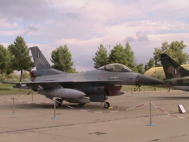 F16-BLOCK 50 + (114 Π.Μ. - ΤΑΝΑΓΡΑ)